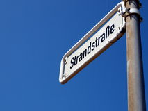 Borkum: Strada alla spiaggia Fotografie Stock Libere da Diritti