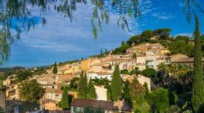 Bormes-les-mimosas en Francia imagen de archivo