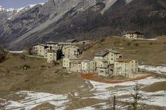 Bormio, Itália - 31 de janeiro de 2005: Vila italiana pequena f visto foto de stock