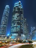 Borne limite commerciale de Hong Kong la nuit Images stock
