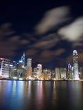 Borne limite de Hong Kong la nuit Photos libres de droits
