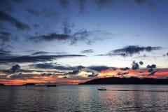 Borneo solnedgång, Kota Kinabalu Royaltyfria Bilder