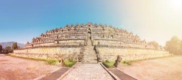 Borobudur för panoramaBuddist tempel komplex i Yogjakarta i Java Royaltyfria Foton