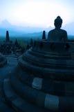 Borobudur no crepúsculo, Java, Indonésia imagem de stock