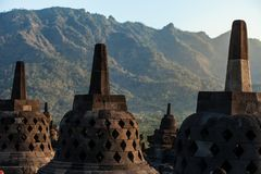 Borobudur tempel på dagtid Yogyakarta Java Indonesia Royaltyfri Foto