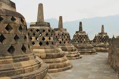 Borobudur - temple bouddhiste du ` s du monde le plus grand construit au 9ème siècle Image libre de droits