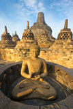 borobudurindonesia java tempel yogyakarta arkivbilder