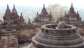 borobudurindonesia java tempel yogyakarta Royaltyfri Bild