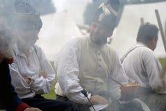 Borodino的Reenactors人在俄罗斯作战历史再制定 库存照片