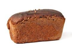 Borodinsky黑麦面包被隔绝的白色背景 免版税库存图片