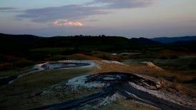 Borowinowy wulkanu timelapse zbiory