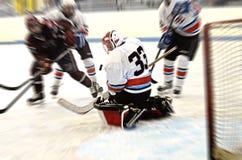 Borrão da ação do goalie do hóquei Imagem de Stock Royalty Free