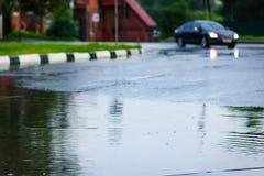 Borrão da chuva do carro fotografia de stock