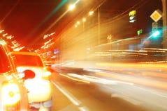 Borrão dos carros e dos sinais imagem de stock royalty free