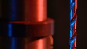 Borra av metall på etthjälpmedel Arkivfoton