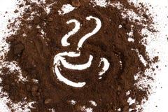 Borra de café tirada a forma do logotipo do copo de café Foto de Stock