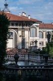 Borromeo slott på Isola Bella, sikt från trädgården, Lombardy, Italien arkivfoto