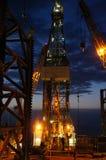 Borrtorn av Jack Up Drilling Rig (oljeplattformen) fotografering för bildbyråer