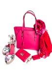 borsa, borsa, sandali e sciarpa di rosa del ` s delle donne Immagini Stock Libere da Diritti