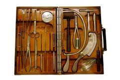 Borsa degli arnesi antica del chirurgo Fotografia Stock
