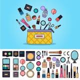 Borsa in pieno dei cosmetici Fotografia Stock Libera da Diritti