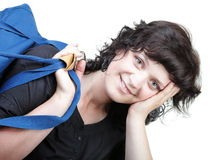 Borsa a tracolla del ND di sorriso della donna isolata Immagine Stock Libera da Diritti