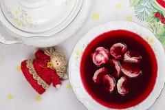Borscht avec des boulettes Photographie stock