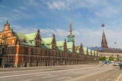Borsen i Köpenhamn royaltyfri bild