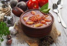 Borsh 盘祖母腌制传统俄国的s 免版税库存图片