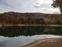 Borsko Jezero, lago vicino a Bor, Serbia Fotografie Stock Libere da Diritti