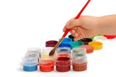 borstebarn hand målarfärger s arkivfoton