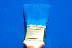 Borstel in blauwe verf Royalty-vrije Stock Foto