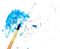 Borstel met blauwe verf Stock Foto's