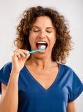 Borstel mijn teeths en houd mijn mooie glimlach Stock Foto's