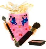 Borstel van de krulspelden de wijfje verzamelde make-up Royalty-vrije Stock Fotografie