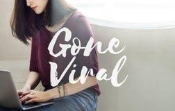 Borta virus- socialt massmedia som knyter kontakt anslutning som delar begrepp Royaltyfri Foto