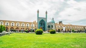 Bortgång för tid för Isfahan schahmoské arkivfilmer