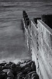 Borth μέσοι διακόπτες θάλασσας της Ουαλίας ξύλινοι γραπτοί Στοκ εικόνες με δικαίωμα ελεύθερης χρήσης