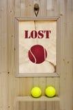 Borttappad tennisboll för annons Fotografering för Bildbyråer