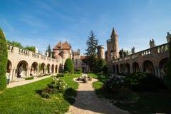 Bory Var, castillo agraciado construido por un hombre Bory Jeno en el Szekesfehervar, Hungría foto de archivo