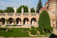 Bory Var, castillo agraciado construido por un hombre Bory Jeno en el Szekesfehervar, Hungría fotografía de archivo libre de regalías