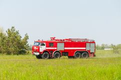BORYSPIL, UKRAINE - MAI, 20, 2015 : Firetruck rouge Photos libres de droits