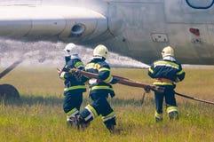 BORYSPIL, UKRAINE - MAI, 20, 2015 : Sapeurs-pompiers Photographie stock