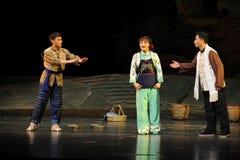 Bosättning av den tvistJiangxi operan en besman Arkivfoton