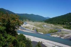 Bos en water in Sotchi royalty-vrije stock afbeelding