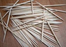 Bos van tandenstoker die in diverse vormen wordt gemengd royalty-vrije stock afbeelding