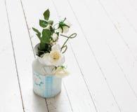 Bos van witte rozen Royalty-vrije Stock Afbeeldingen