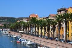 Bosa stad i Sardinia, Italien Arkivbild