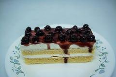 Bosbessen botercake, snacksvoedsel voor onderbrekingen tijdens het werk of na maaltijd royalty-vrije stock foto's