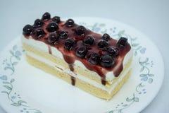 Bosbessen botercake, snacksvoedsel voor onderbrekingen tijdens het werk of na maaltijd royalty-vrije stock afbeeldingen